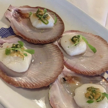 Steamed Half Shell Scallops w Ginger & Shallot